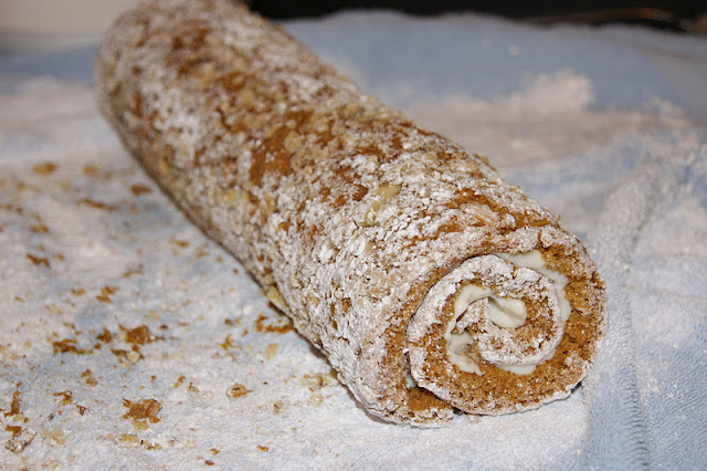 How to Make Pumpkin Cake Roll