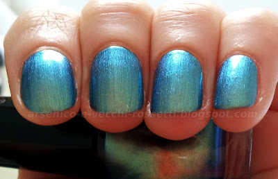 Sephora smalto #67 Moody Woman swatch