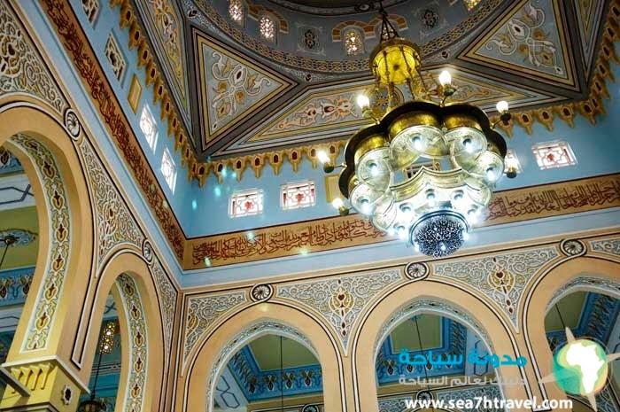 مسجد الجميرا العراقة والفخامة