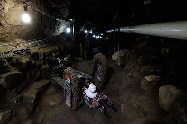 robot arqueologos