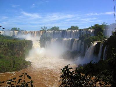 Puerto Iguazú - Iguazú Falls