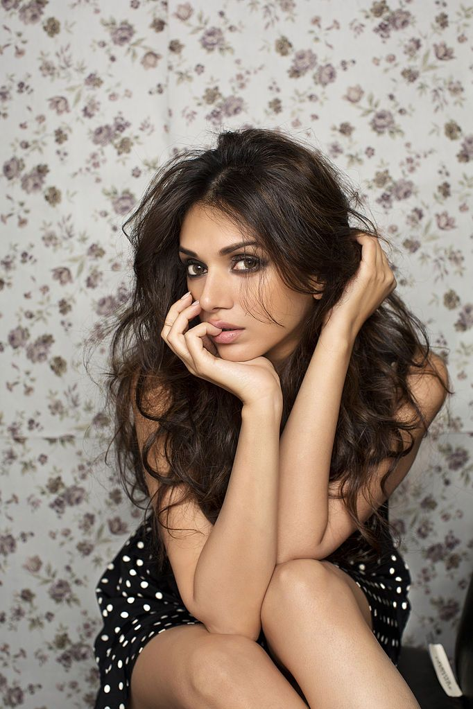 hot actress aditi rao hd photos