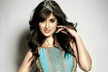 ILeana D'cruz New Images