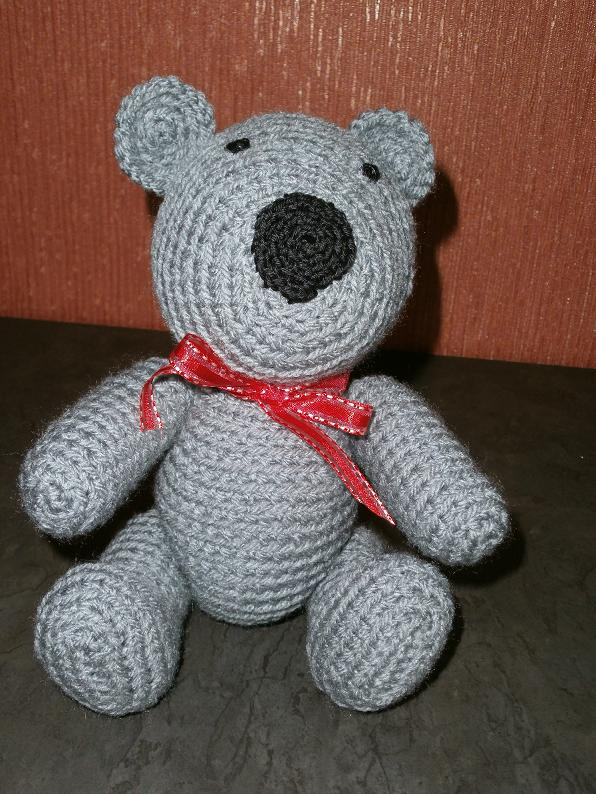 Amigurumi bug: Bear for Poekie project/ Beertje voor ...
