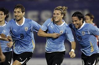 Uruguay tiene listos tres amistosos para el 2012