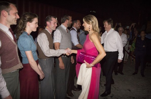 Dutch, Queen Maxima visited the Musical Soldaat van Oranje about the second world war in Aruba