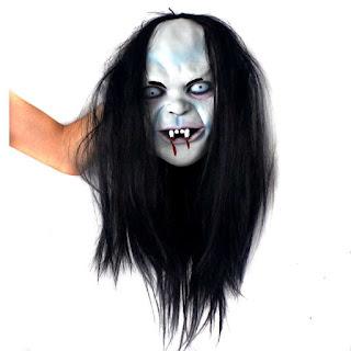 topeng hantu berambut panjang