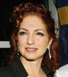 Cantora Gloria Estefan em Avenida Brasil