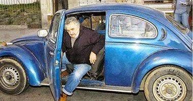 ثرى عربى يعرض على رئيس أوروجواى مليون دولار لشراء سيارته القديمة