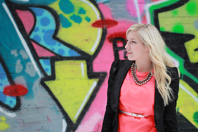 How to wear neon.  Inspiration from a Canadian fashion blogger.