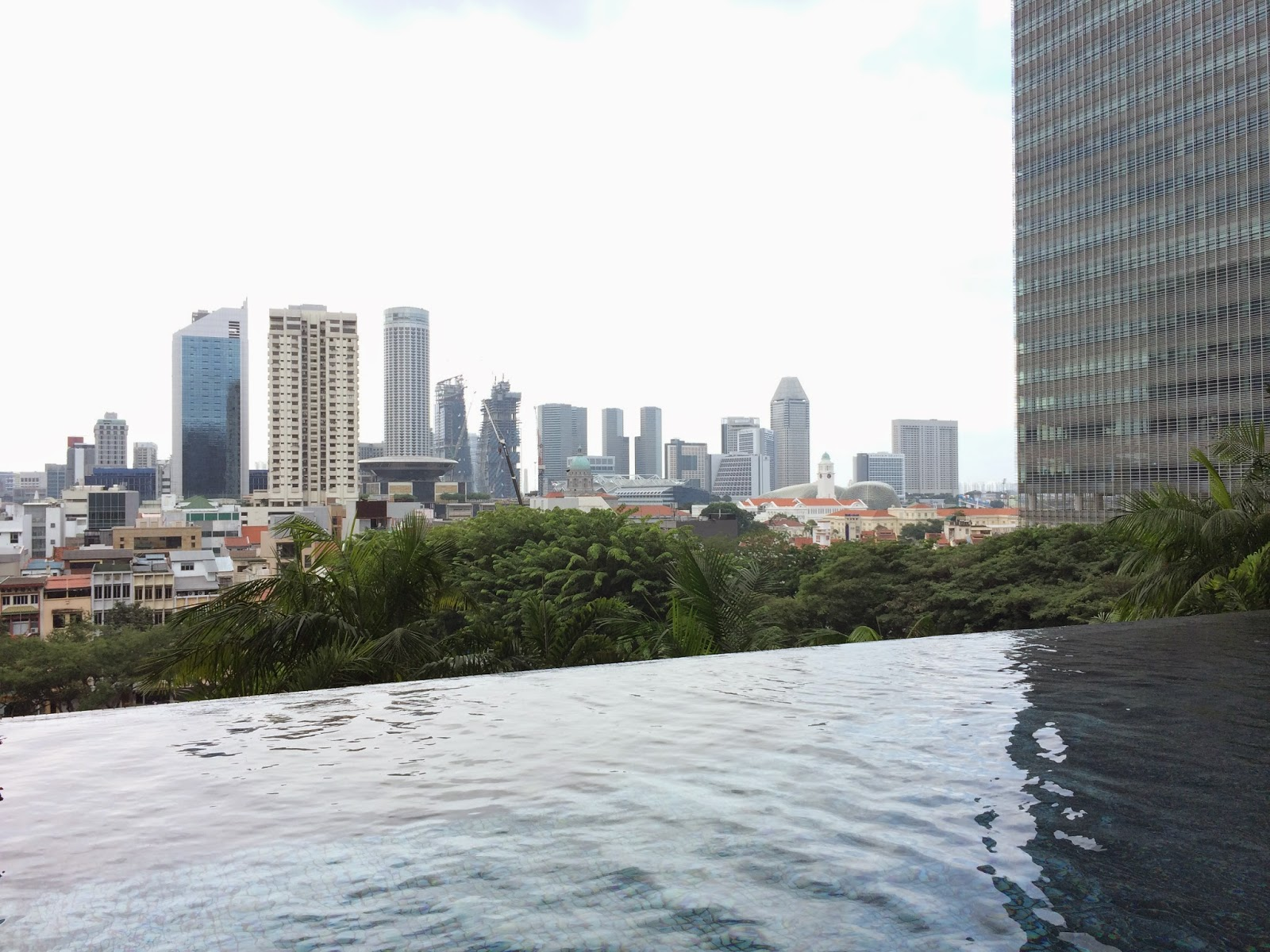 Park royal pickering orchid club deluxe room singapore travel adventure for Park royal pickering swimming pool