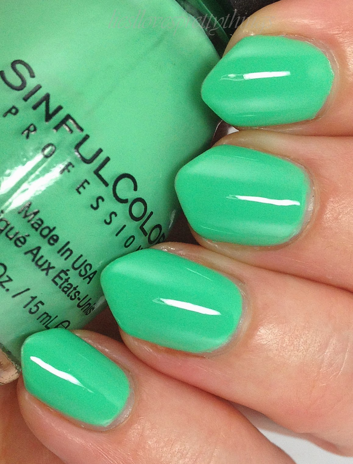 Sinful Colors Mint Tropics