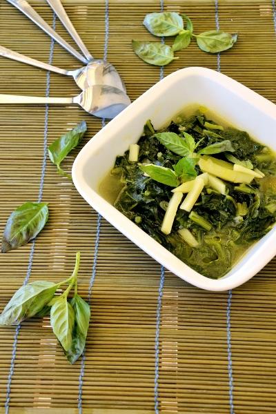 zuppa bi bietole, patate e basilico
