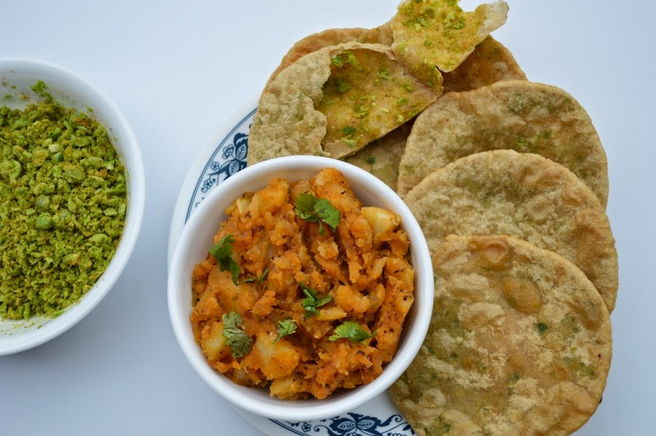 Matar Poori With Aloo Subzi