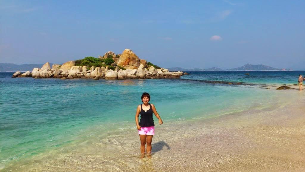 Bãi tắm Hòn Rùa Bình Ba