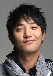Biodata Jin Goo Pemeran Lee Tae Baek
