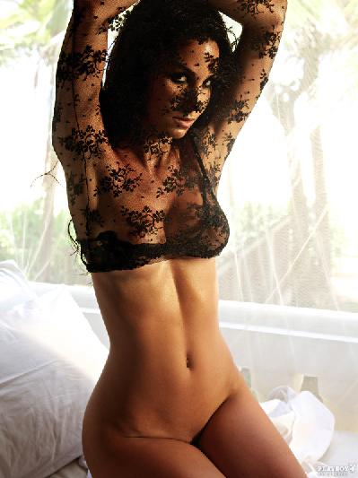 Model Islam Foto Bugil Untuk Majalah Playboy