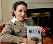 Paula Broadwell, người đàn bà trung tâm của vụ scandal Petraeus sinh năm .