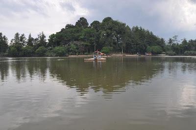 Indahnya Danau Parahyangan Situ Cangkuang, Garut