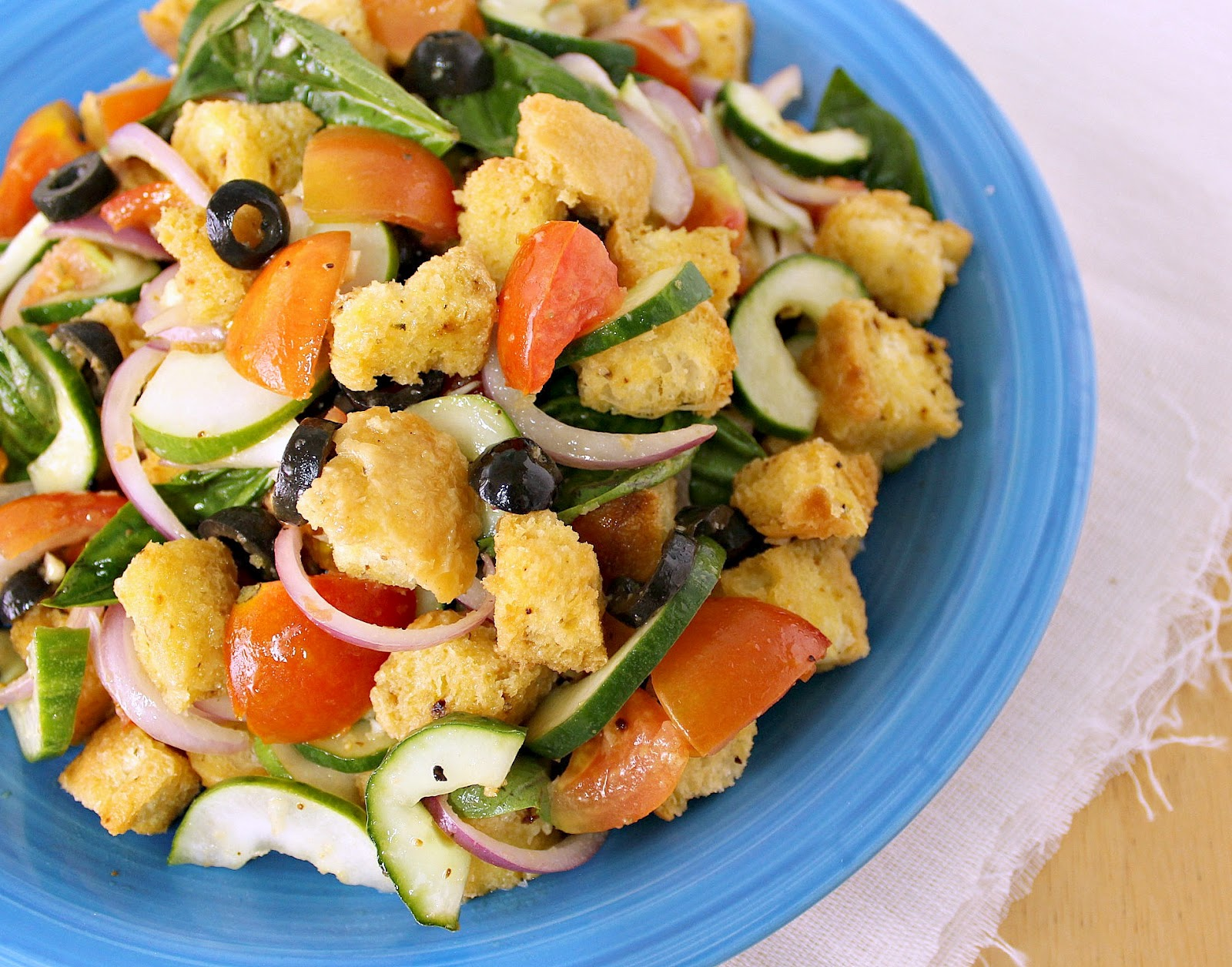 Food wanderings turn stale bread into a healthy salad Barefoot contessa panzanella