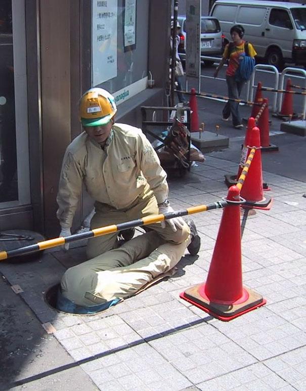 http://2.bp.blogspot.com/-AEBkK_e03jA/Uv3xm6cvlmI/AAAAAAAAp_s/NKZkFdVxVZ0/s1600/19_men-safety-fails-18.jpg