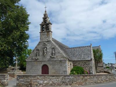 ブルターニュ GR34 アルクエスト岬 ペロス・アモン教会 chapelle de Perros-Hamon