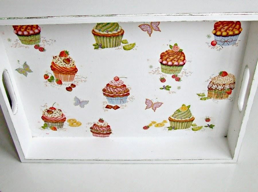 Taca decoupage z motywem Muffunek. Pyszna dekoracja kuchni. Muffinkowa taca by Eco Manufaktura.