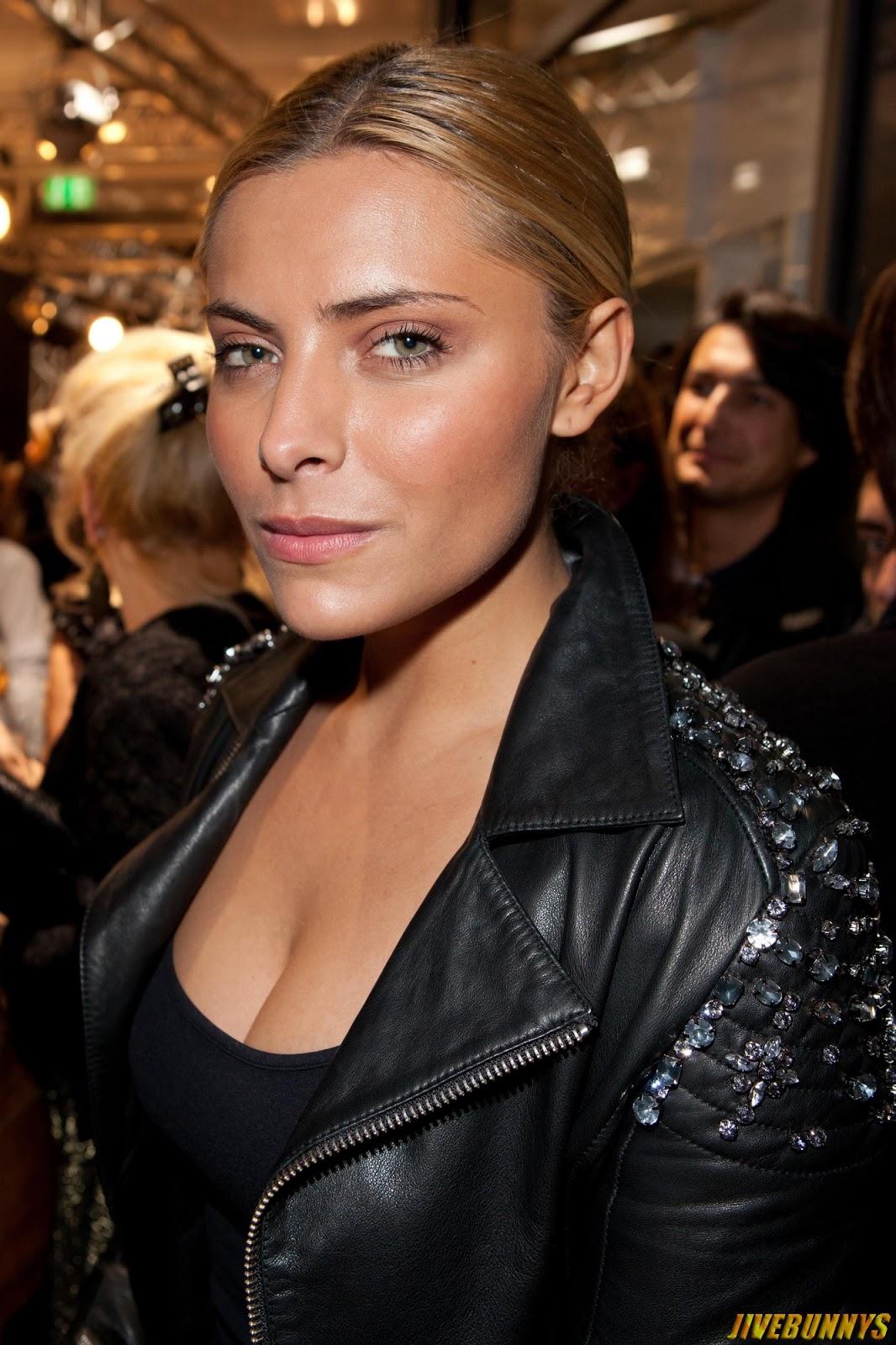 Jivebunnys Female Celebrity Picture Gallery: Sophia ... Jennifer Aniston Movies