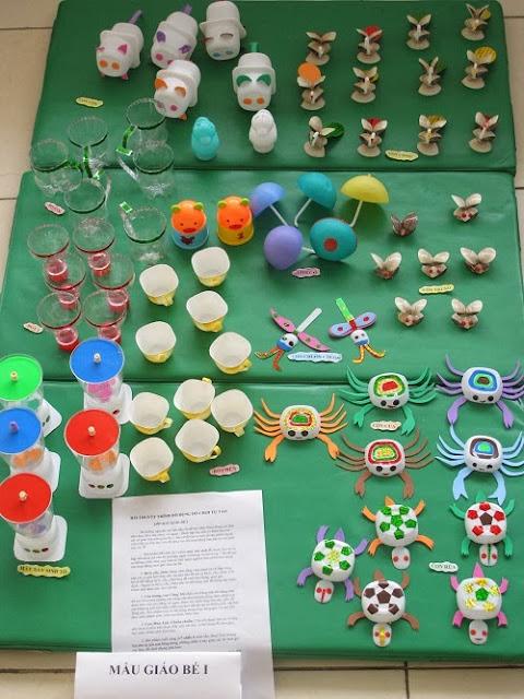 Hội thi trưng bày đồ dùng đồ chơi tự tạo
