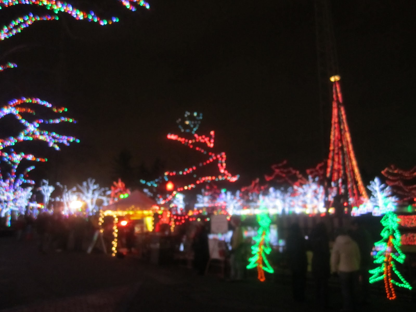 Shoot for the moon: Kennywood Holiday Lights