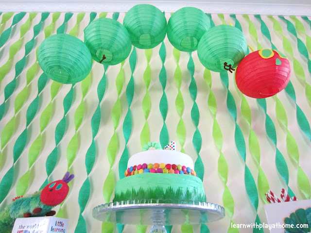 Learn with play at home diy party decorations for Simple birthday decorations ideas at home