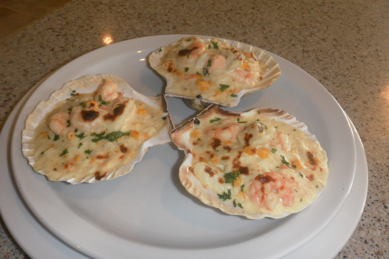 shrimp and scallops mornay broiled creamy broiled scallops mornay