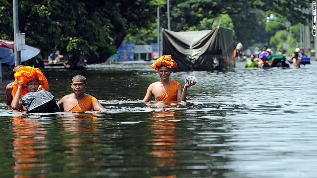 Dulu Bunuhi Muslim, Myanmar Kini Tenggelam, 27 Tewas, 156.000 Mengungsi
