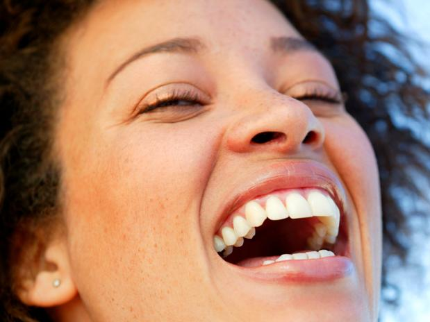 Cuidados especiais fazem com que o sorriso fique lindo sempre - Foto: Getty Images