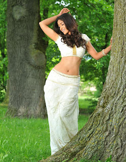 iliayana Spicy Stills