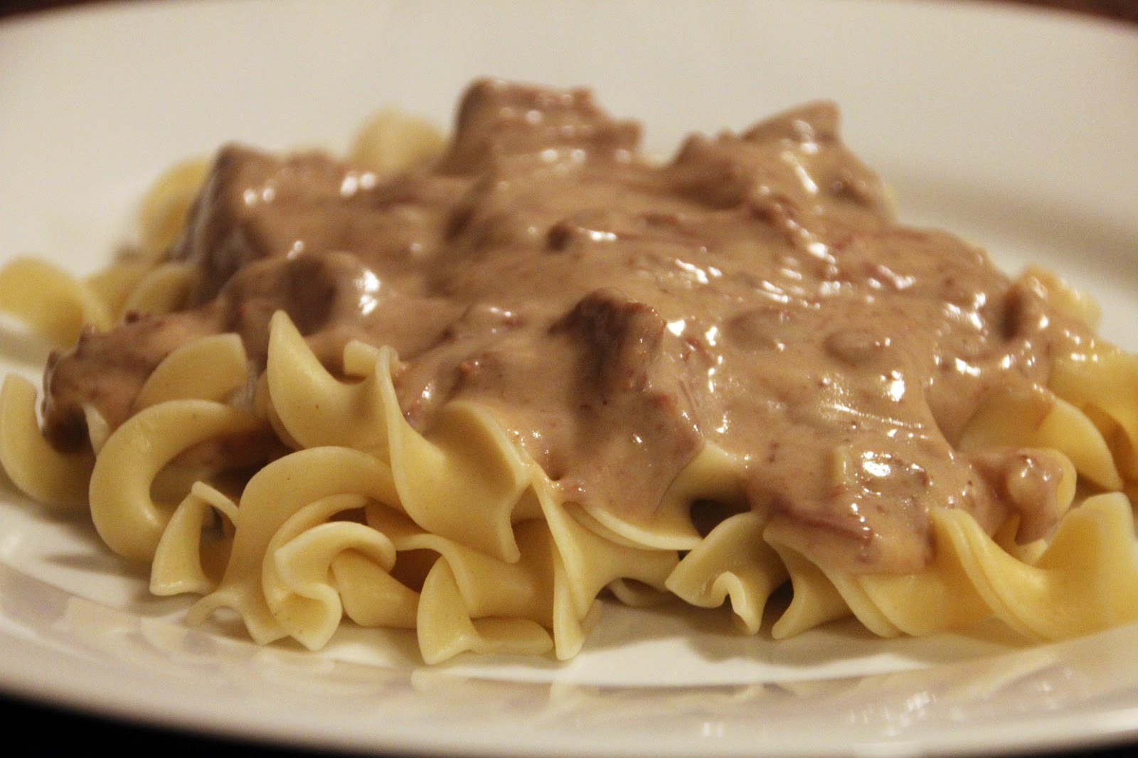 beef stroganoff with sour cream and cream cheese