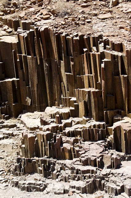 Namibia: Damaraland photo tour: Twyfelfontein, Organ Pipes, Khorixas