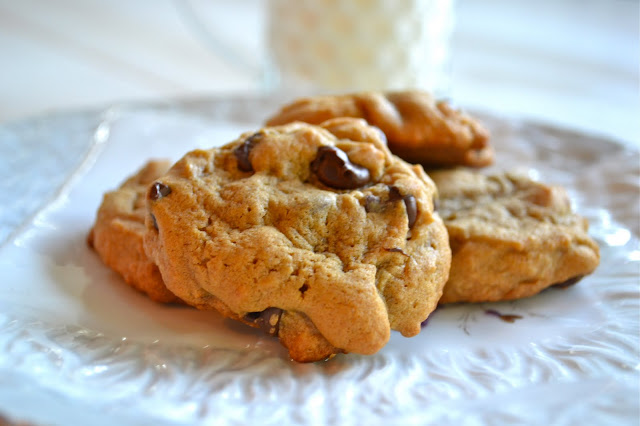 Chocolate Chip Cookies | www.motherthyme.com