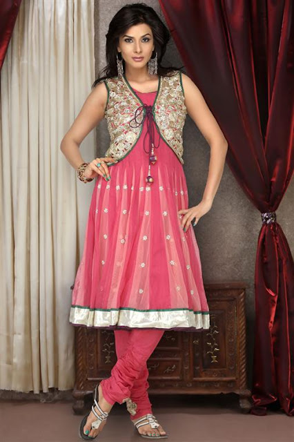 Pakistani-Anarkali-Frock-Designs.