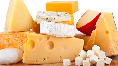 جبنة صفراء وجبنة بيضاء