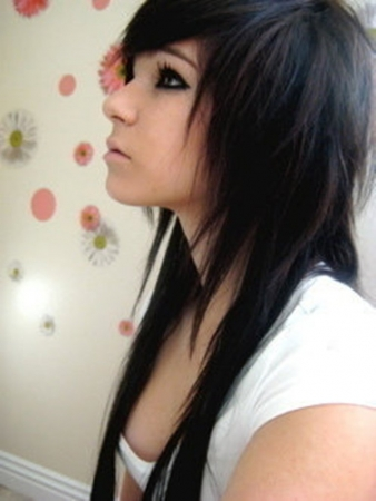 Top Emo Hair Trends of Today