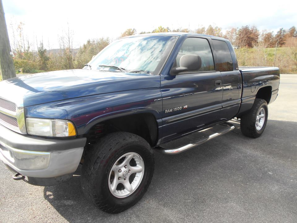 Ram 1500 Club Cab >> Kentucky Facebook Vehicles For Sale: 2001 Dodge Ram 1500, Quad Cab, 4x4, 5.9L V8.. Good strong ...