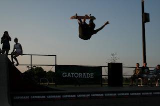 skate-trick-truco-backflip