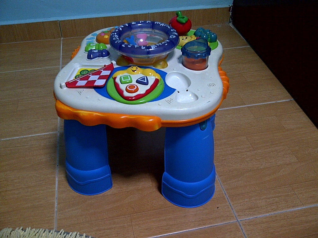Special toys shop fisher price musical learning table food - Cuisine bilingue fisher price ...