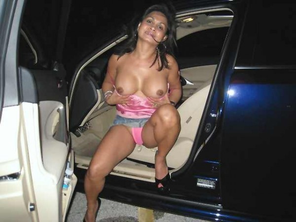 Desi wife flashing in public