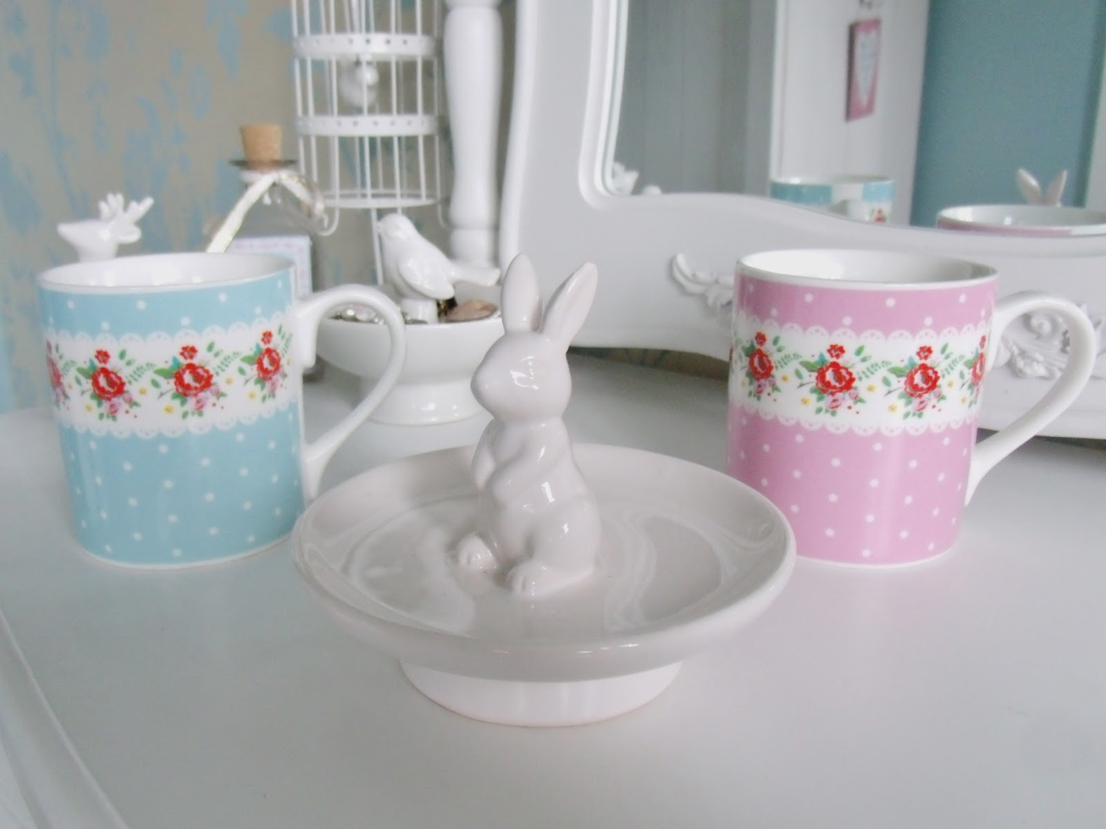 Home bargains bathroom cabinets - Here S What I Ve Bought Lately From My Favourite Cheap Shops Home Bargains B M Poundland