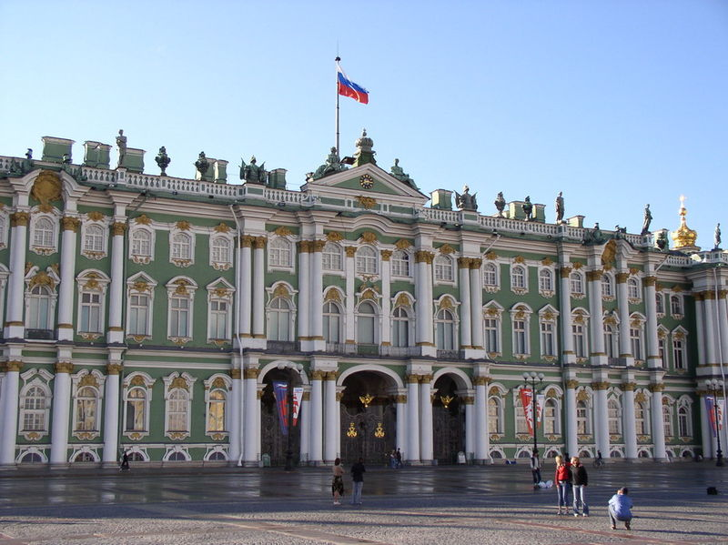 Russian Palaces for Sale http://yelenacasale.blogspot.com/2012/04/friday-art-history-feature-hermitage.html