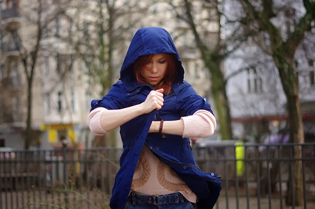 Blue riding hood. Street Style Berlin. Xenia Kuhn for Fashion Blog www.fashionrolla.com