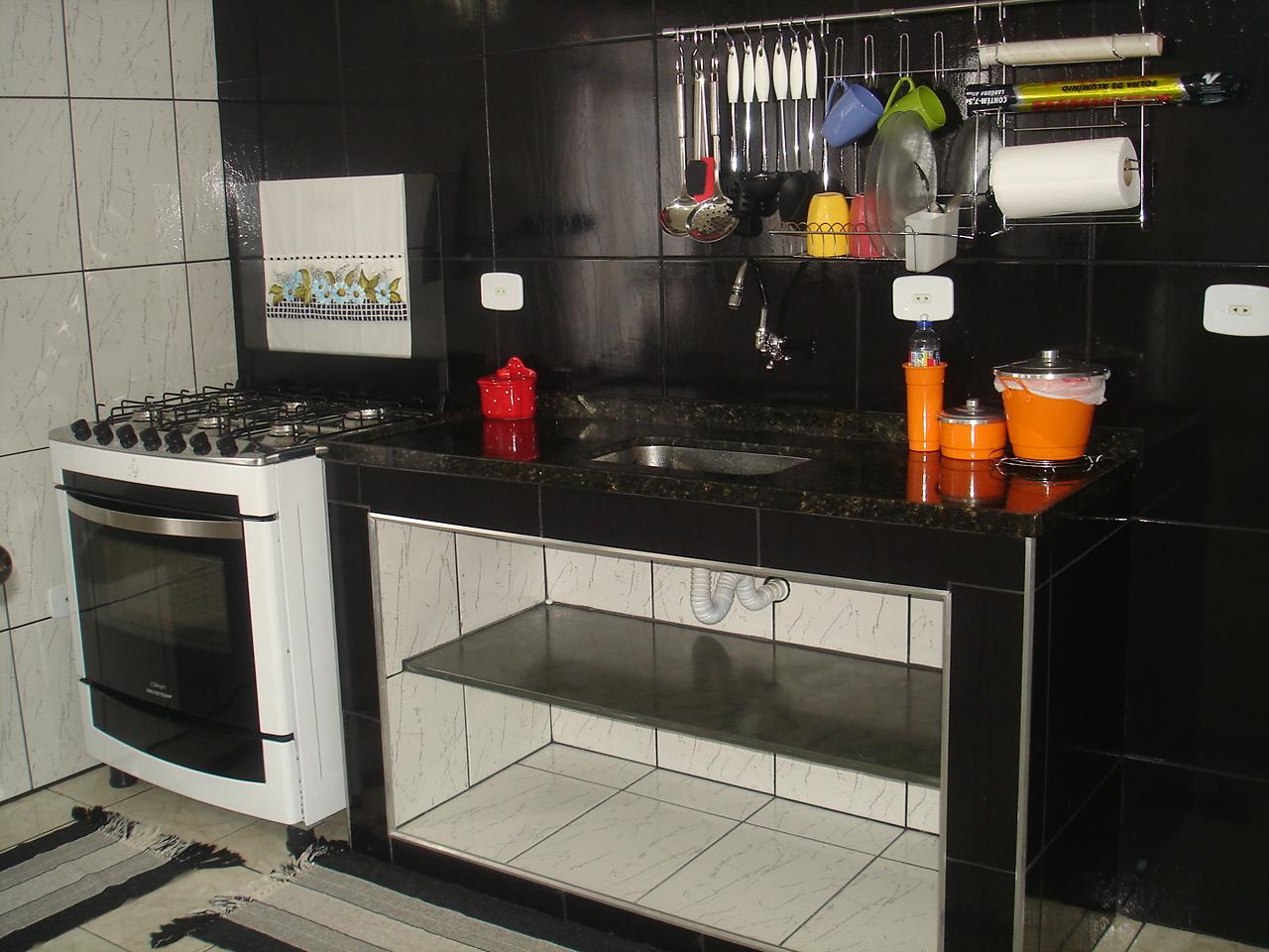 Reciclar reformar e decorar.: Bancadas e balcão de alvenaria #BF620C 1280x960