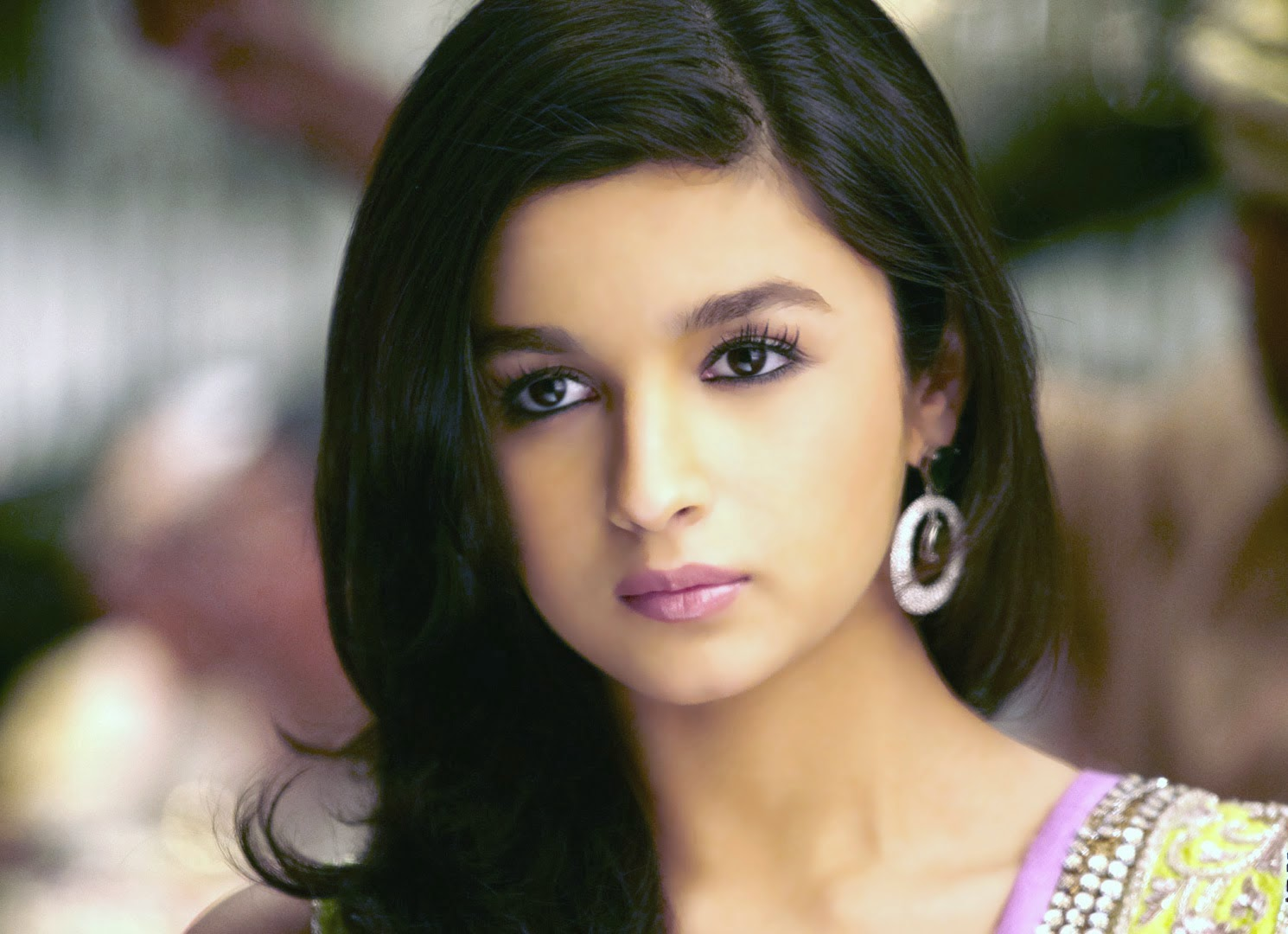 Alia Bhatt 2 states movie wallpapers and pictures